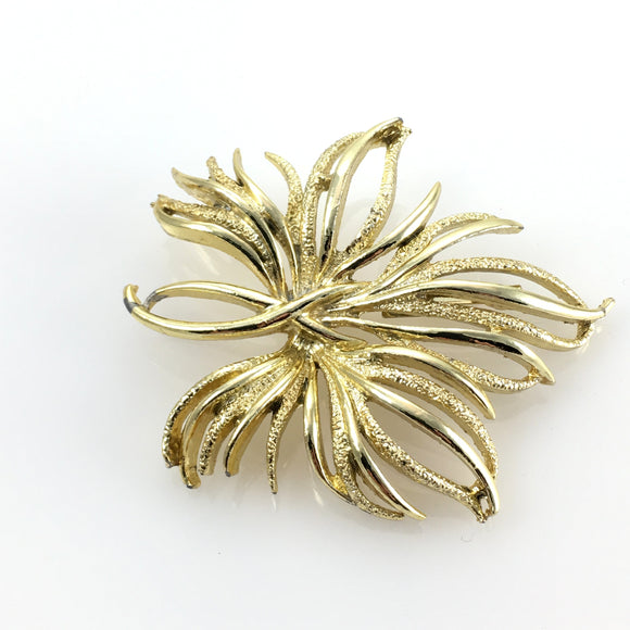 Vintage Modern Ladies Gold Flower Brooch Pin - Indypicker.com