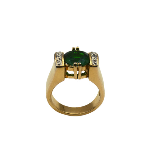Mid Century Jewelry - Ladies Cocktail Ring Emerald Green Stone