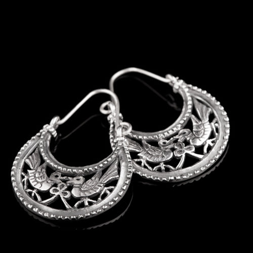 Earrings from Viking Age Byzantium