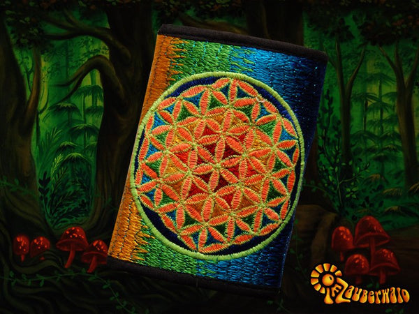 4 variations of flower of life moneypockets - pockets for coins and cards and 2 for papermoney, with hook & loop - blacklight active wallet