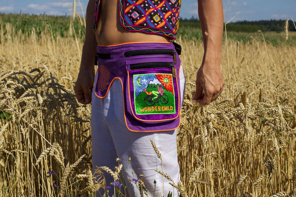 Beltbag Hofmann wonderchild - 7 pockets, strong ziplocks, size adjustable -- hook & loop and clip - blacklight active lines flower of life