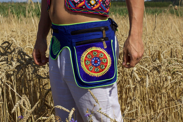 Beltbag Huichol Peyote Artwork - 7 pockets, strong ziplocks, size adjustable - hook & loop and clip - blacklight active lines flower of life
