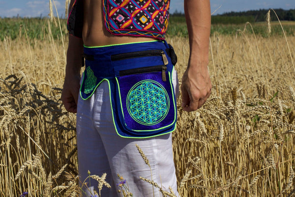 Beltbag blue Flower of Life - 7 pockets, strong ziplocks, size adjustable with hook & loop and clip - blacklight active lines flower of life