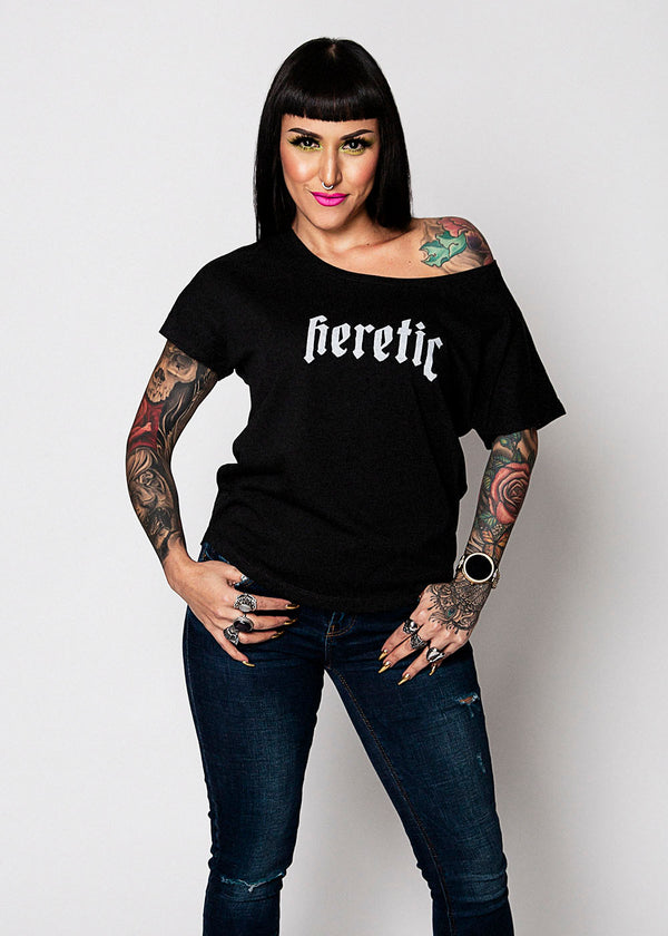 Heathen+Heretic Women's Heretic Chill Fit T-Shirt in Vintage Black