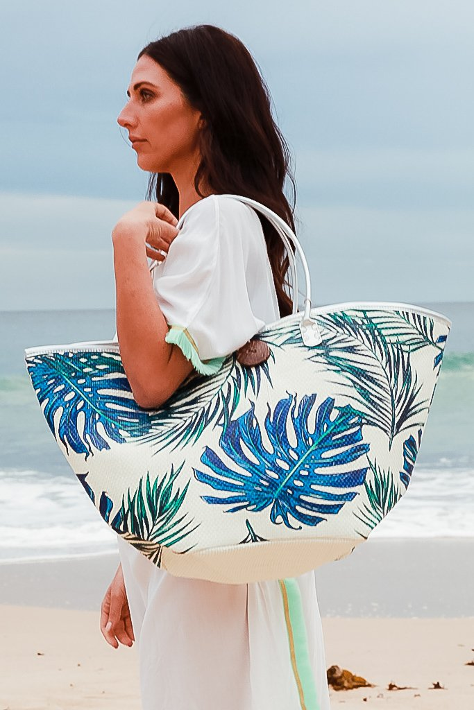 Seashores Beach Tote