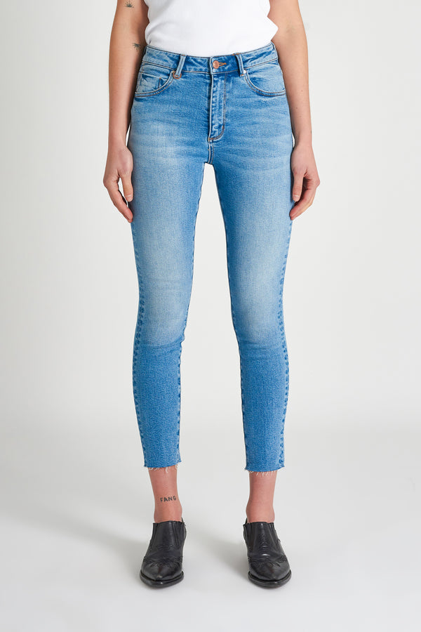 Neuw Ladies Marilyn Skinny Jeans
