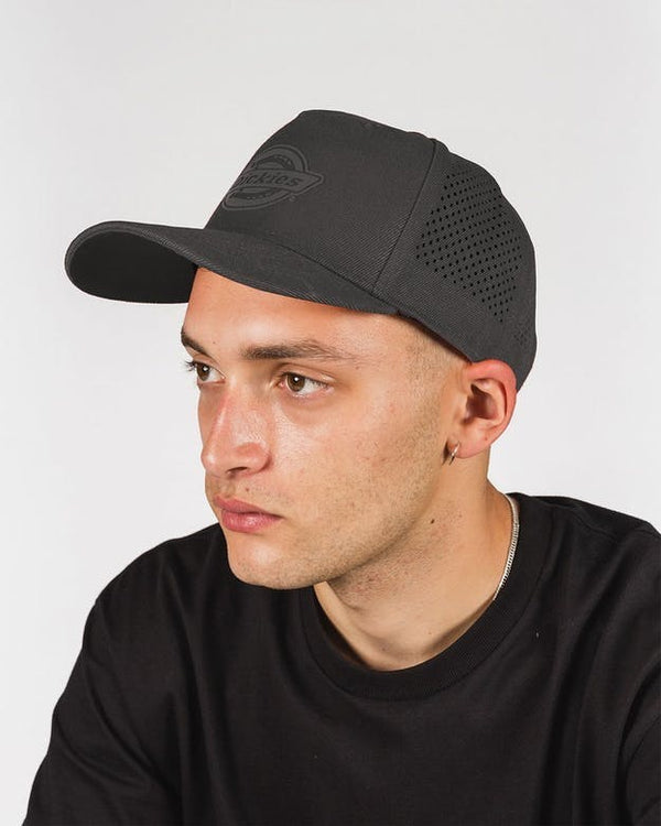 Dickies Milwaukee Snapback Cap