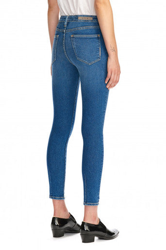 Neuw Womens Smith Skinny Jeans- Claire