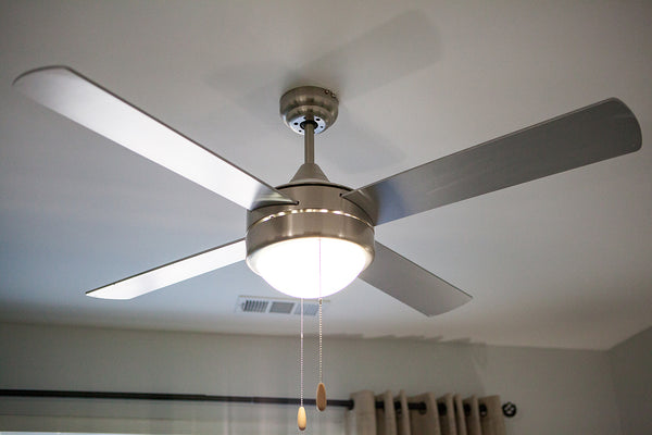 "52"" 4 Blade Fan installed in Bedroom"
