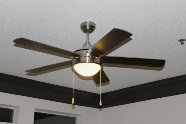 52 in. Ceiling Fan - 5 Blade - Dome Differs for 2 Bulbs in living room