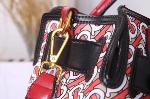 BURBERRY WOMEN HANDBAGS.