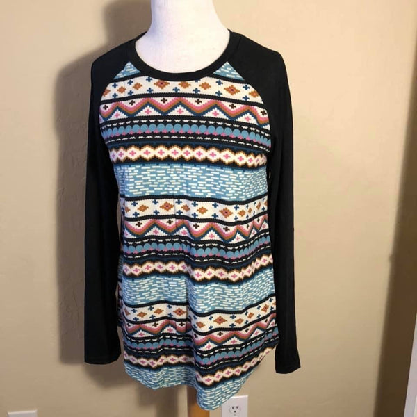 Patterned Raglan Top