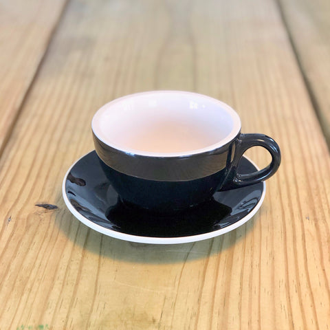 10oz Revolution Classic Cup & Saucer