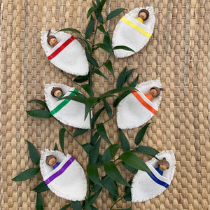 Set of 6 Baby Peg Dolls with Acorn Caps in Colour Matching Leaf-Shaped Bags