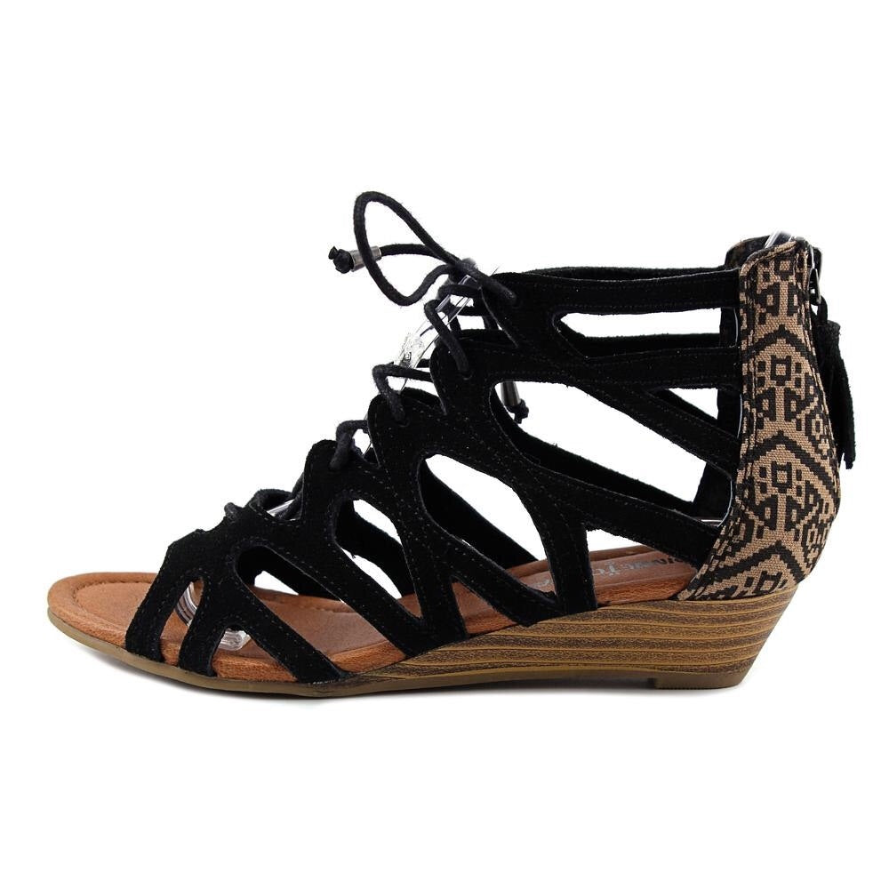 Merida II Black Sandal
