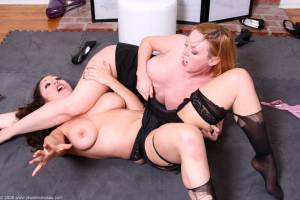 JMV_046DVD JEWELL'S BATTLING BEAUTIES VOL. 2