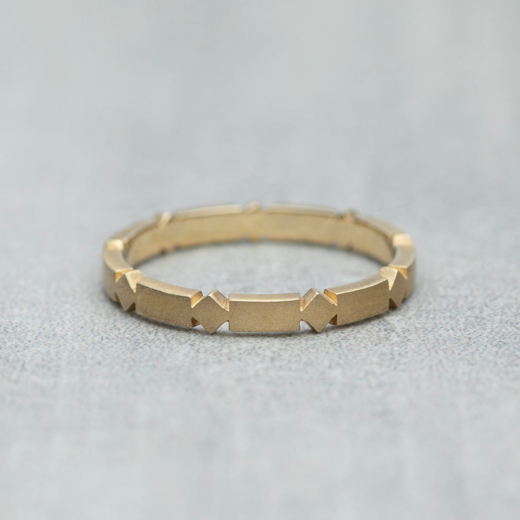 Matrix Ring - Solid gold