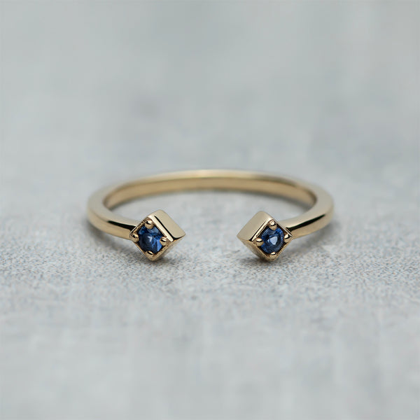 Open Ring - Blue sapphires / Midnight blue
