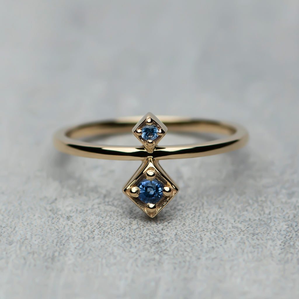 Tier Ring - Blue sapphires