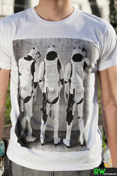 T-shirt Homme Exclusive A Trooper Troopers Toilette Pipi Humour Décalé