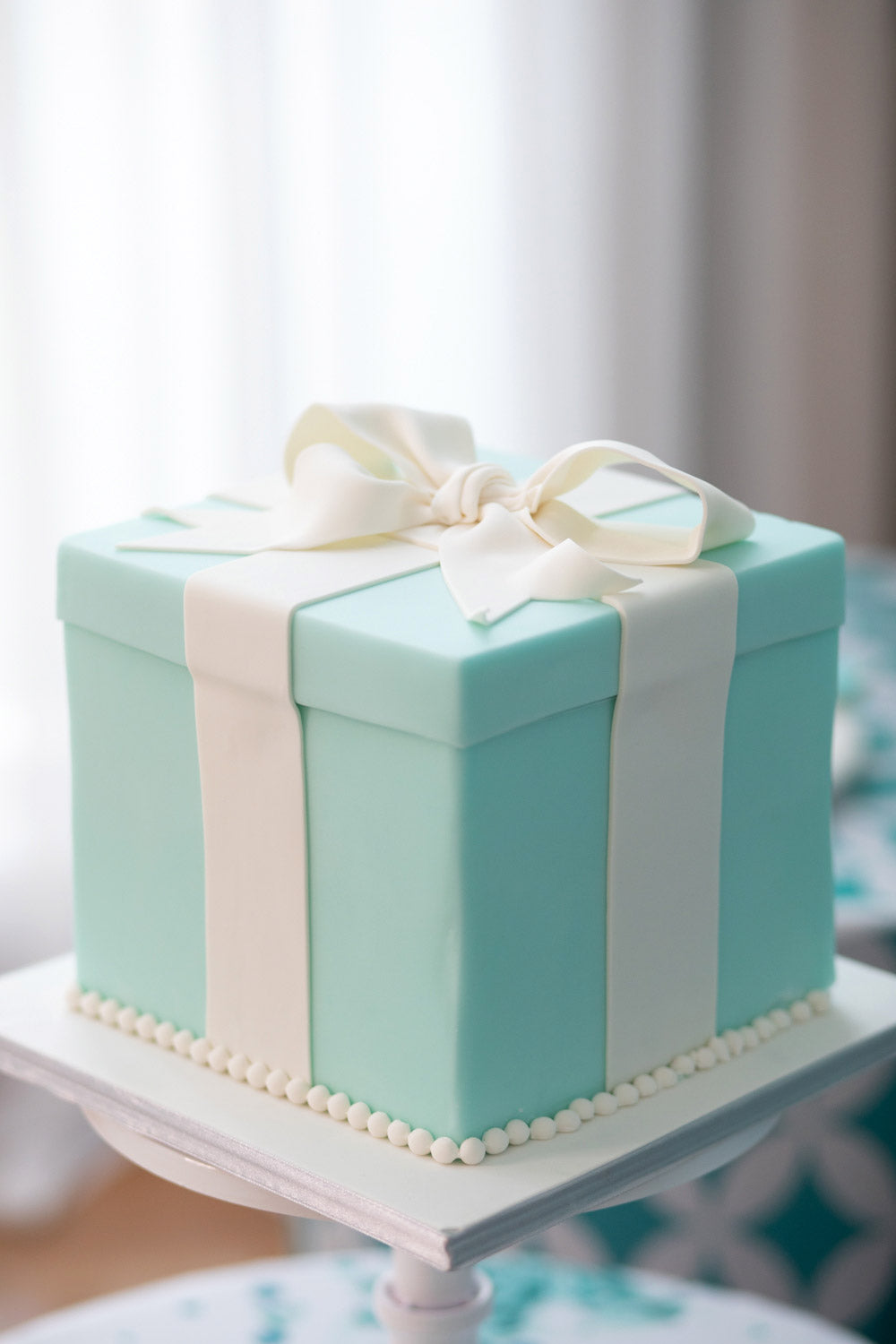 Tiffany Glam Theme Cake