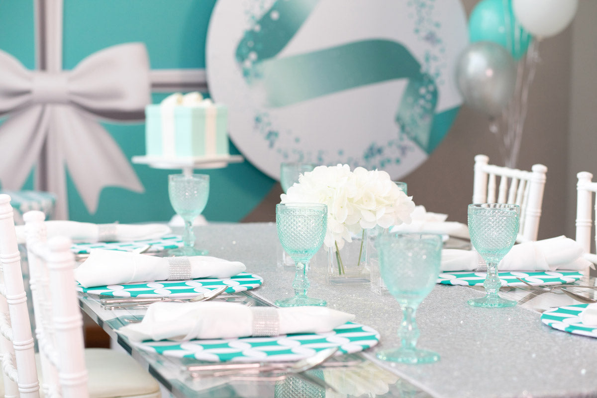 Tiffany Glam Dinner Box