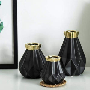 Low Poly Vase - Metallic Coated Ceramic Vases Freeson Ceramic Store Black Gold Set of 3
