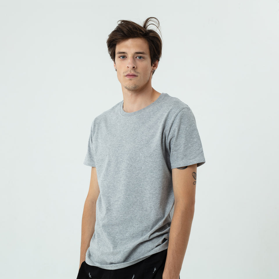 Jean-Claude - la base heather-grey heavy t-shirt in organic coton worn by Sebastien François
