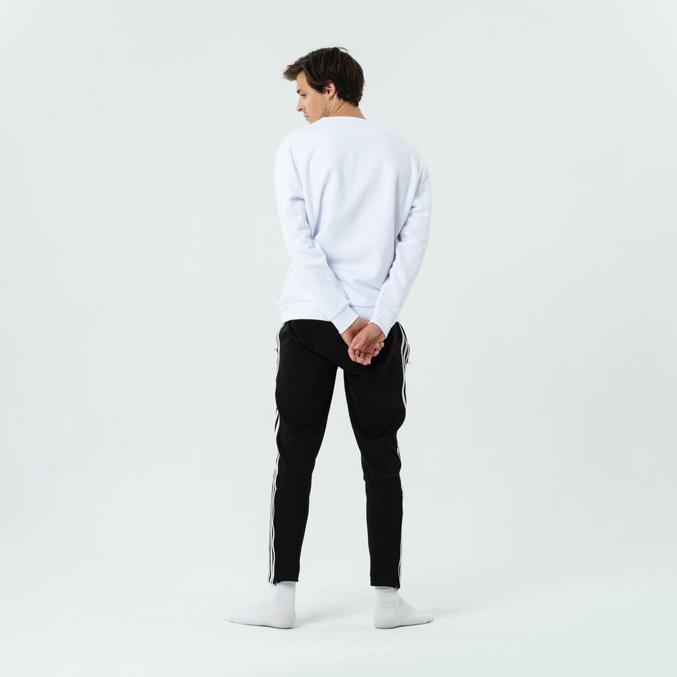 Marty - la base white usinex softest sweat in organic coton for women and men worn by Sebastien François