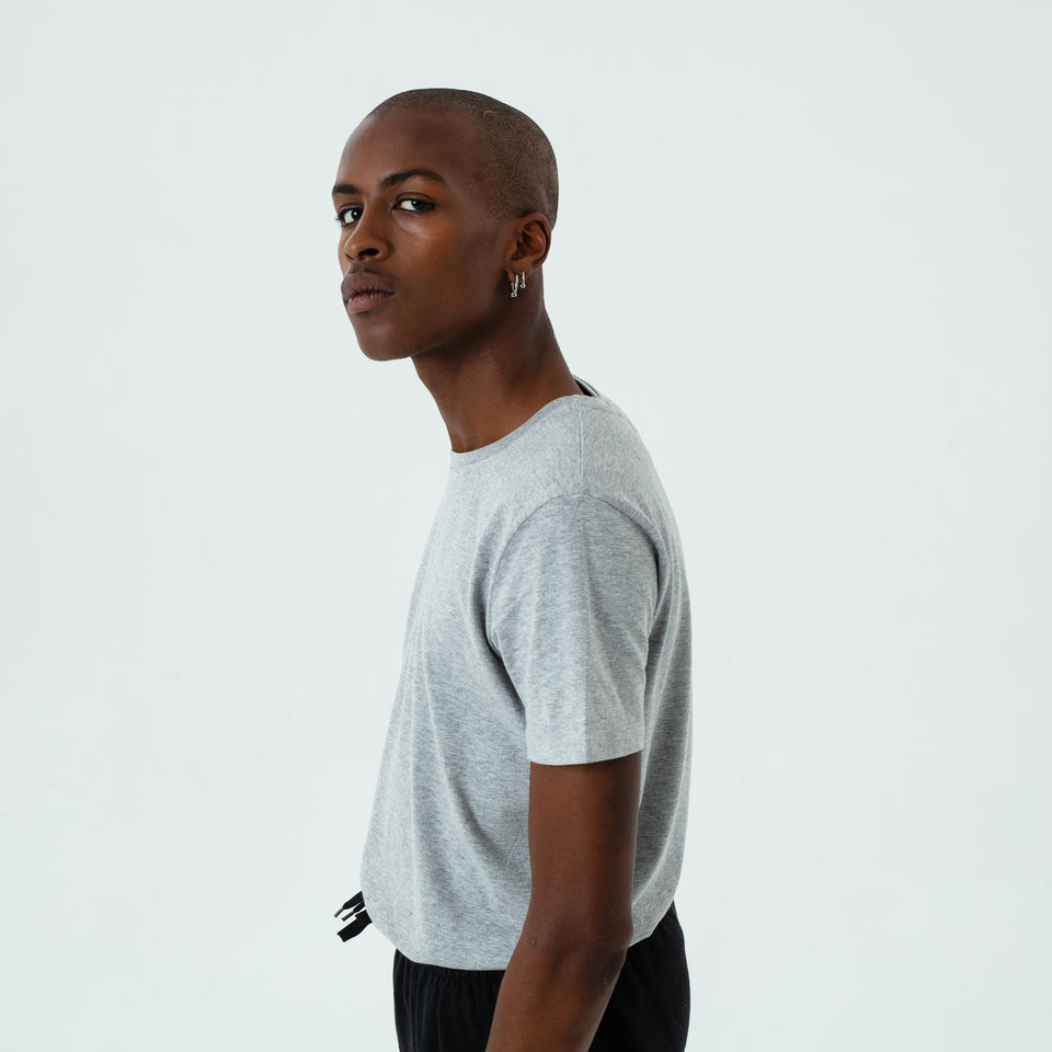 Morgan - la base heather-grey usinex t-shirt in organic coton for women and men worn by Eklou