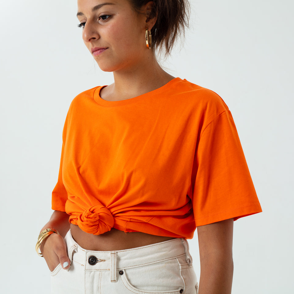 Morgan - la base pure orange usinex t-shirt in organic coton for women and men worn by Elodie Gerard