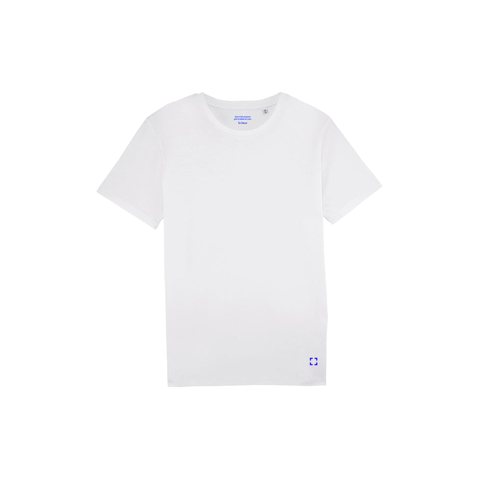 Morgan - la base packshot of a white usinex t-shirt in organic coton for women and men
