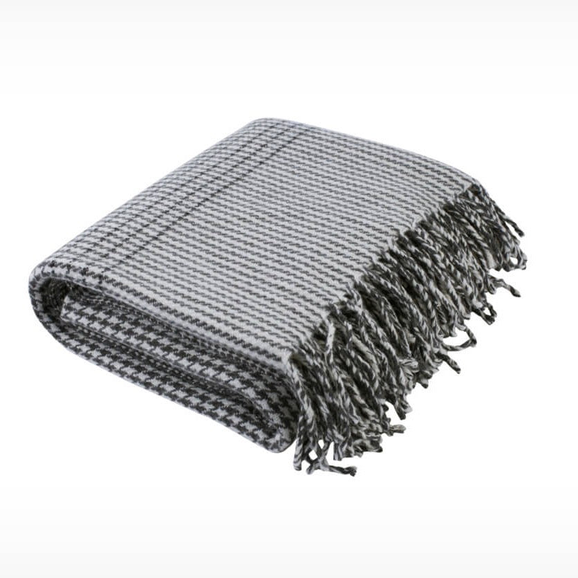 Glenn Plaid Wool Throw