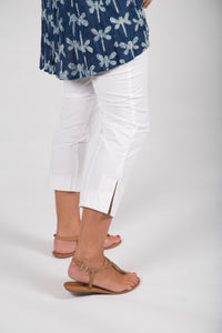 New - Pant - Cotton and Elastin 3/4 crop pant