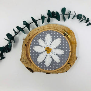4'' Flower Hoop Ornaments