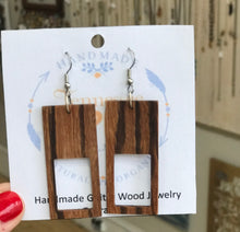 Load image into Gallery viewer, Guitar Wood Earrings