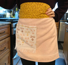 Load image into Gallery viewer, Womens Aprons