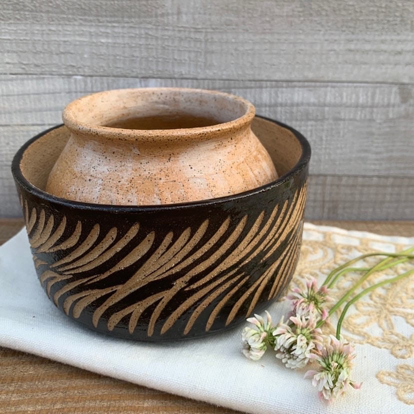 Black Zebra Bowl