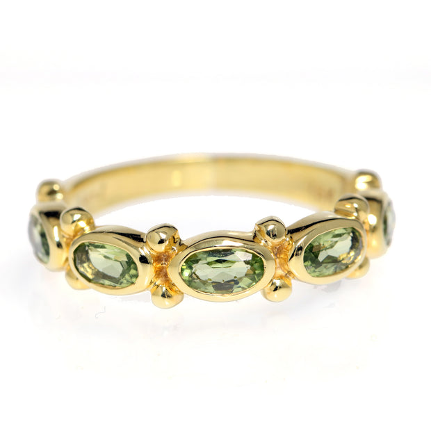 14kt Yellow Gold Peridot Band