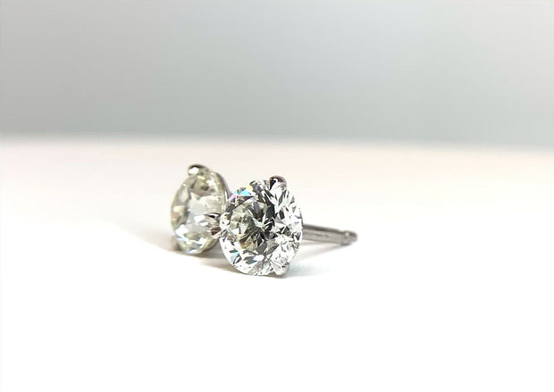 14K White Gold 'Martini' Diamond Studs 2 ctw