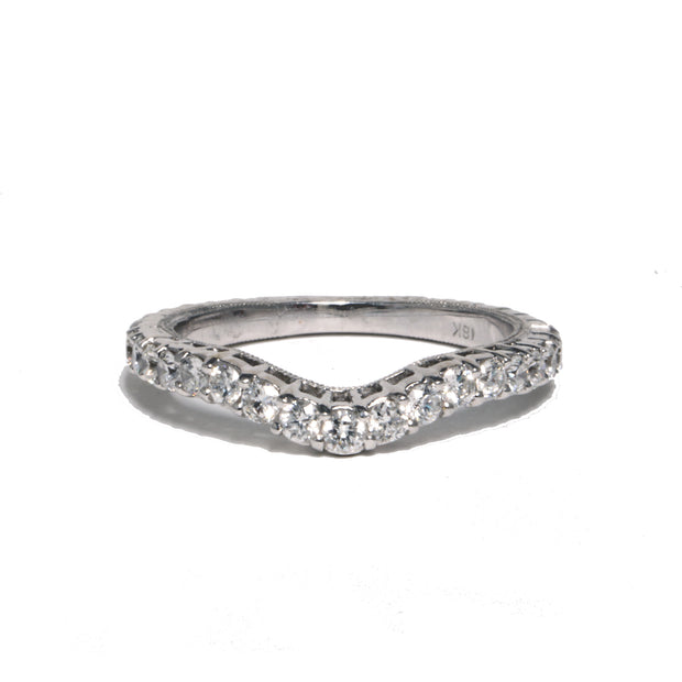 18kt White Gold Contoured Band