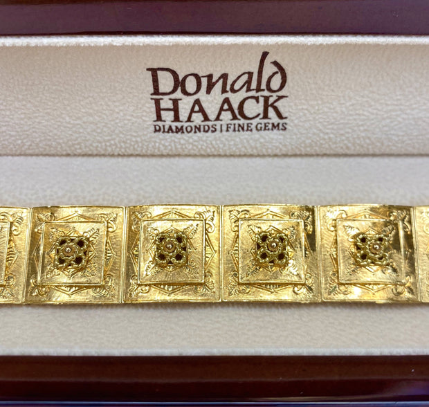 18K Yellow Gold Engraved & Florentine Box Link Bracelet