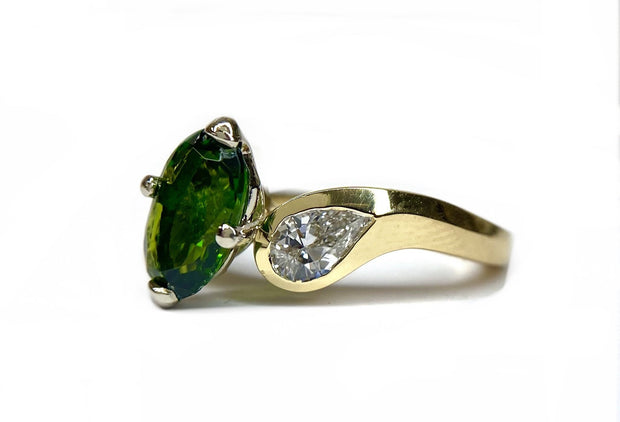 18K Two Tone Gold Chrome Diopside  & Diamond Ring