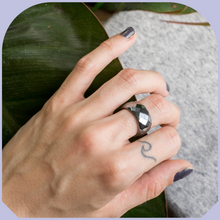 Load image into Gallery viewer, Stoned Hematite Ring