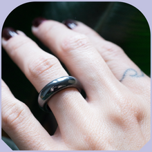 Load image into Gallery viewer, Hematite ring