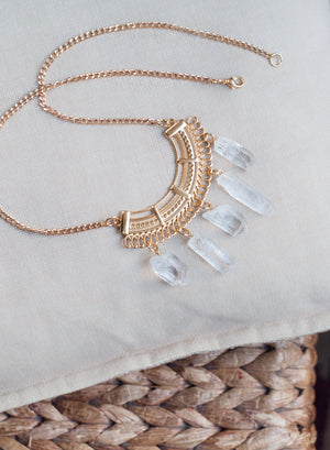quartz statement necklace