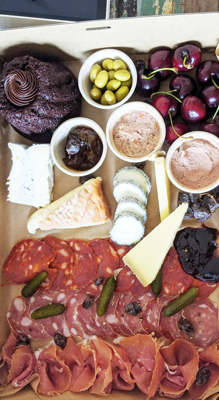 New Year's Day Box - La Boite A Fromages