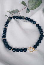 Black heart pearl necklace
