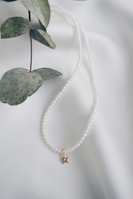 Small lucky star pearl necklace