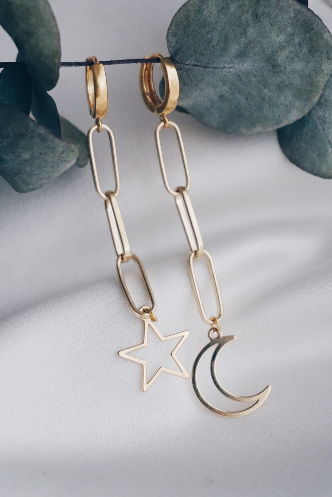 Star moon chain hoop earrings